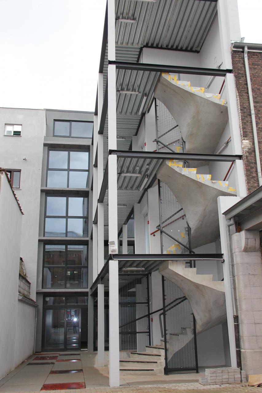 Transformation d'une habitation en bâtiment scolaire – Bâtiment exemplaire